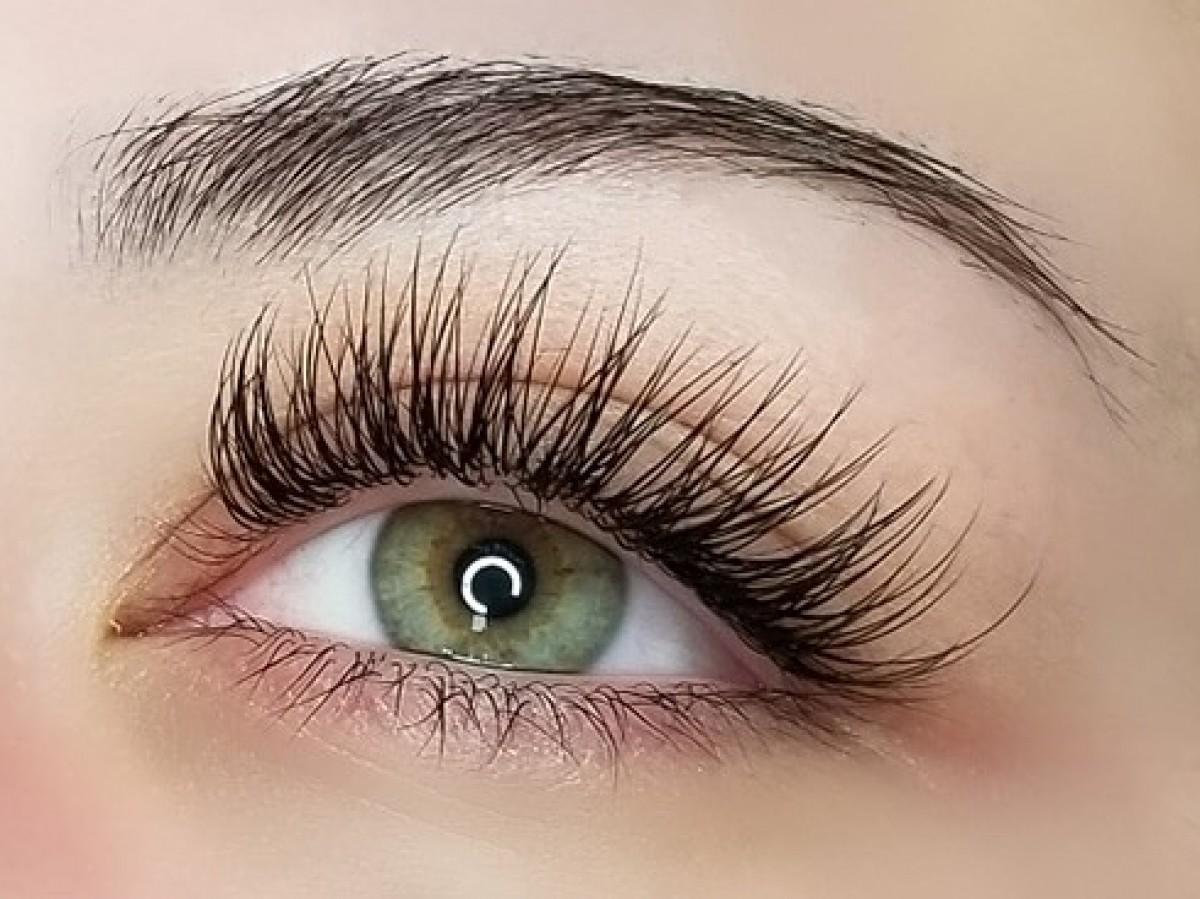Eyelash Extensions | Makeup J'adore